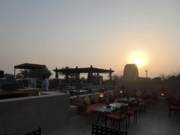 ドバイの砂漠リゾートホテルをご紹介します!