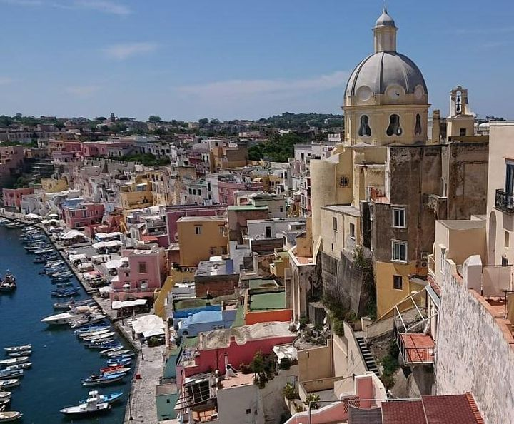 どこを撮ってもインスタ映え!?南イタリアのプロチダ島