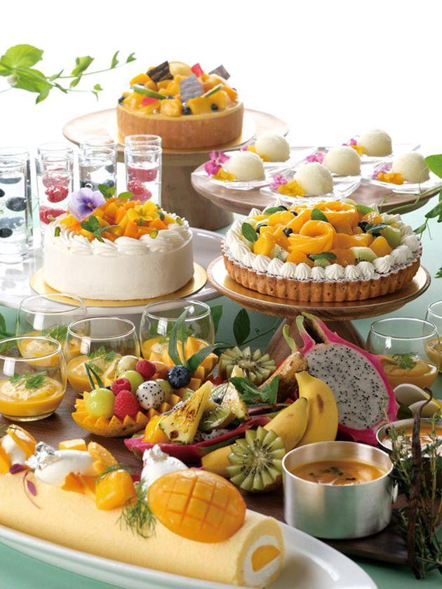 【ホテルオークラ福岡】季節感を楽しむデザートブッフェに「抹茶」「マンゴー&トロピカル」が登場!