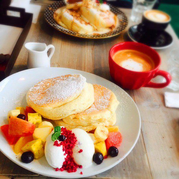 なぜか無性に食べたくなる。ふわふわパンケーキが楽しめる福岡市内のカフェ7選
