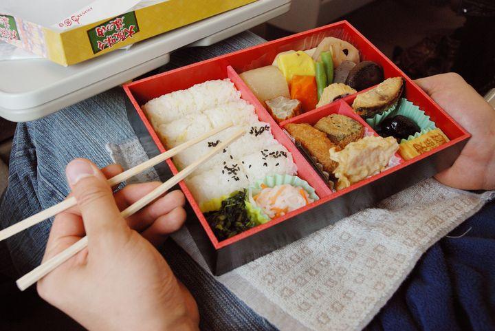 """近畿地方に行くなら全部食べたい!県別""""おすすめの駅弁""""6選"""