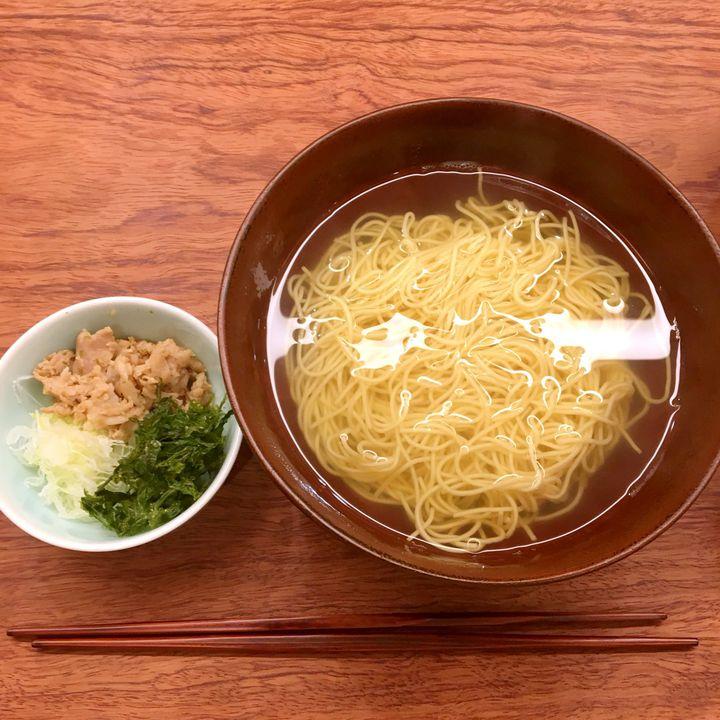 具のないラーメン?神楽坂にある「澄まし麺 ふくぼく」のラーメンが興味をそそる