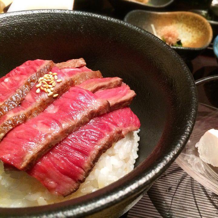 色んな丼ぶりをドーンと紹介!東京都内でおすすめの丼ぶり7選