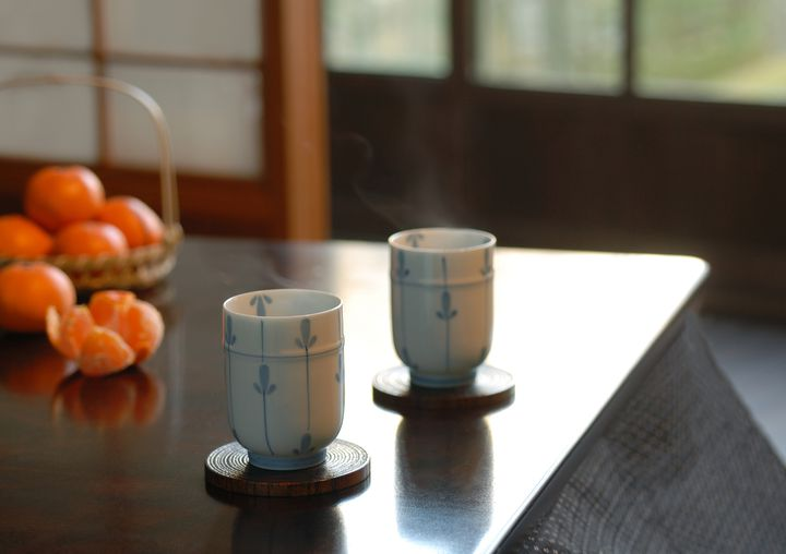 身体も心もポカポカに。東京都内の「あったかこたつカフェ&居酒屋」7選
