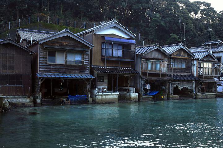 """一味違う京都を楽しみたいあなたへ。海の京都""""伊根の舟屋""""を観に行こう"""