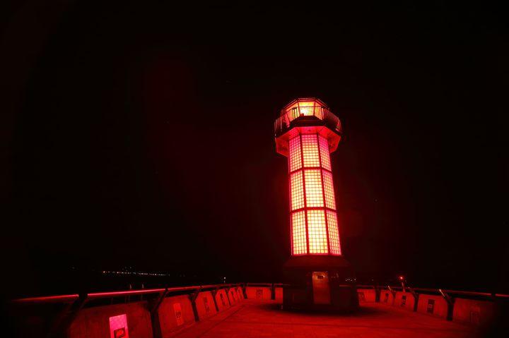 """SNS映えする""""赤い灯台""""とは? 高松港の「せとしるべ」に行ってみたい!"""