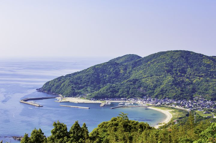 なんで今まで知らなかったんだろう。福岡県・糸島にある海が見える絶景カフェ7選