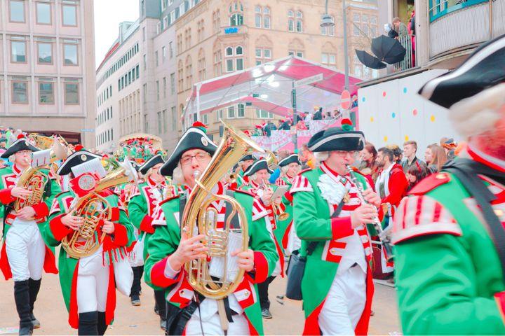 子供の頃の夢は叶う。メルヘンの国ドイツのパレードは最高に素敵。