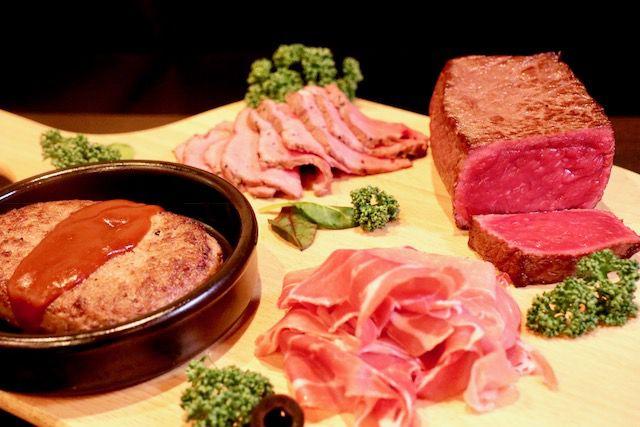 1,290円で好きなだけ!肉食女子は新宿の「クロスカーサ」に行く ...