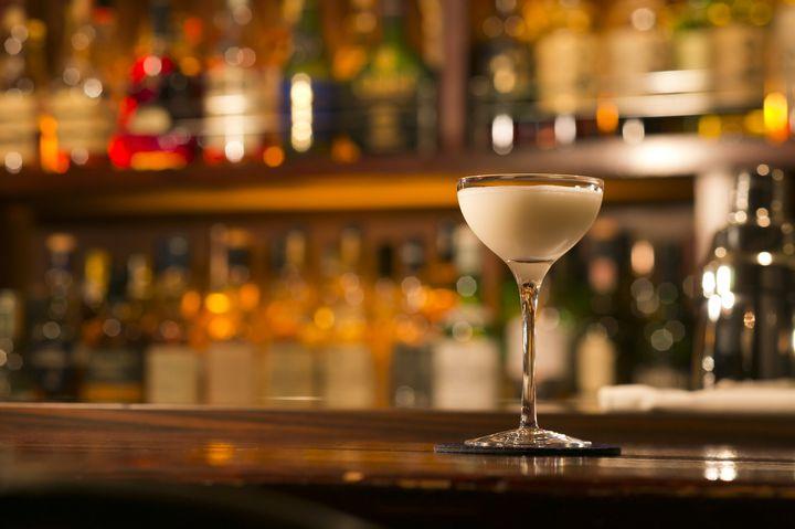 """仕事終わりに一杯を楽しむ。""""浜松町周辺で飲みにいきたいバー""""5選"""