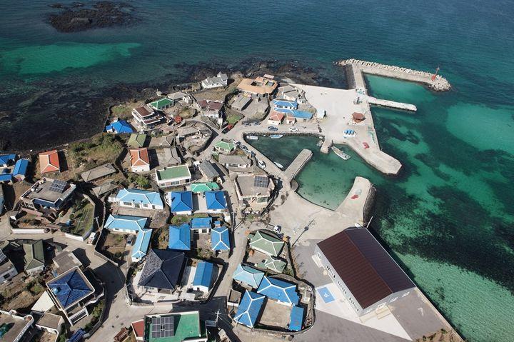 日本から約2時間半。韓国のハワイ「チェジュ島」の人気女子旅スポット8選