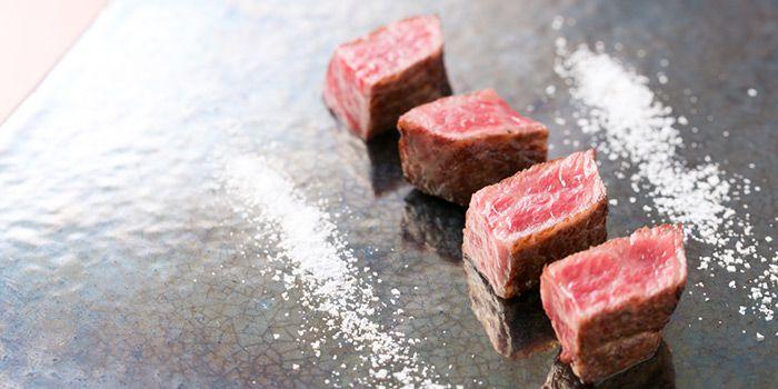 【決定版】たまには食べたい!大阪高級ご褒美お肉10選はこれだ!