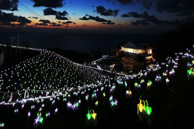 【終了】夕陽百選とイルミのコラボ!「水仙岬のかがやき2018」福井で開催