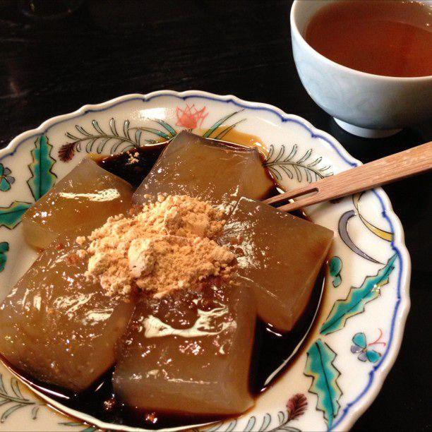 """一度は食べたい""""わらび餅""""。鎌倉「こ寿々(こすず)」のわらび餅が美味しすぎる"""