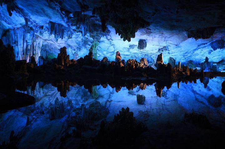 ただただ美しすぎるこの世界。世界各国の絵にかいたような青の絶景10選