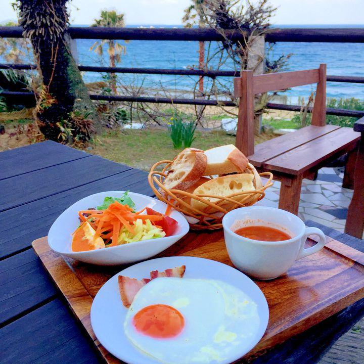 絶景からフォトジェまで!わざわざ行きたい福岡・糸島のカフェ10選