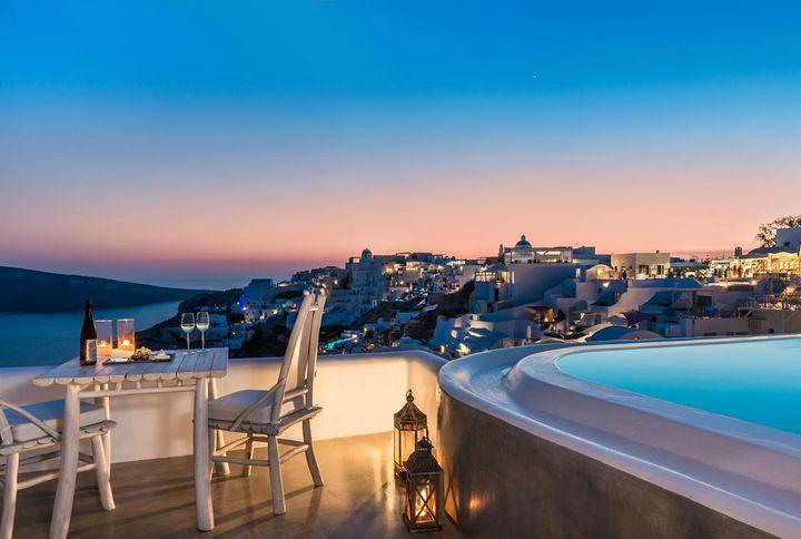 一生の思い出にしたい極上旅を。大人のカップルにおすすめの海外リゾート宿10選