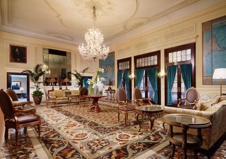 人気観光地を巡る!人生で一度は行きたいイタリアの絶景リゾートホテル7選