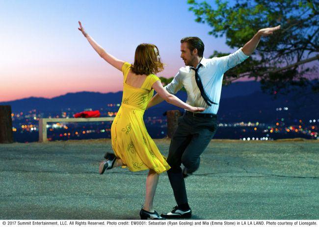 【終了】水辺の公園で湾岸の夜景を見ながら映画とBBQ。新木場で「ねぶくろシネマ」開催