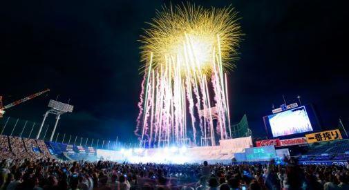 【終了】12000発が夜空に光る!「神宮外苑花火大会」今年も開催