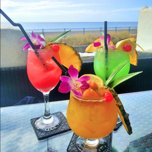 海外リゾート気分を味わいたい。沖縄・北谷町のおしゃれなカフェ10選