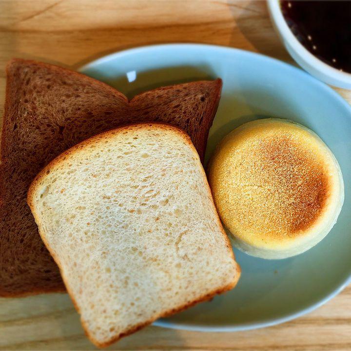 焼き立ての香りに誘われて。朝からパン食べ放題が楽しめる東京都内のお店7選
