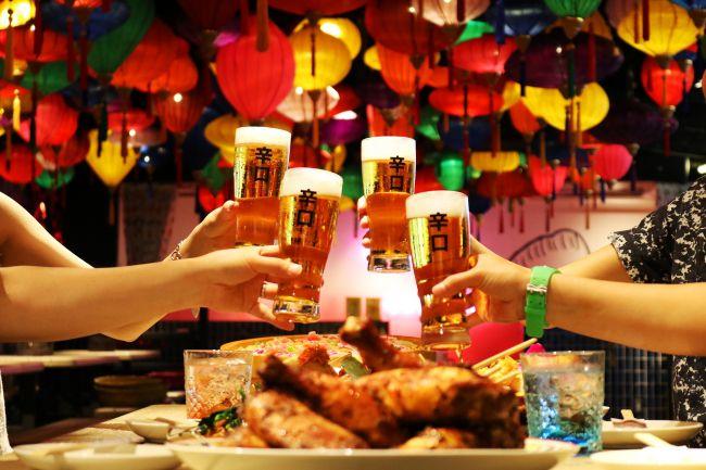 お酒も料理も食べ飲み放題!アジアの屋台村で夏を感じる「サナギの夏祭り」開催