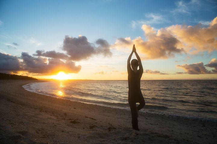 離島暮らしでリラックス。沖縄の星のや竹富島で「ぐっすりにーぶい滞在」開催
