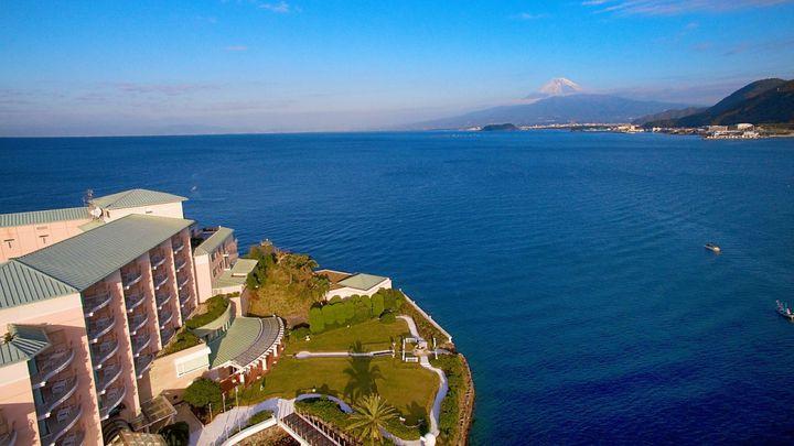 無人島にリゾート施設?富士山も見える、駿河湾の「淡島ホテル」にワクワク