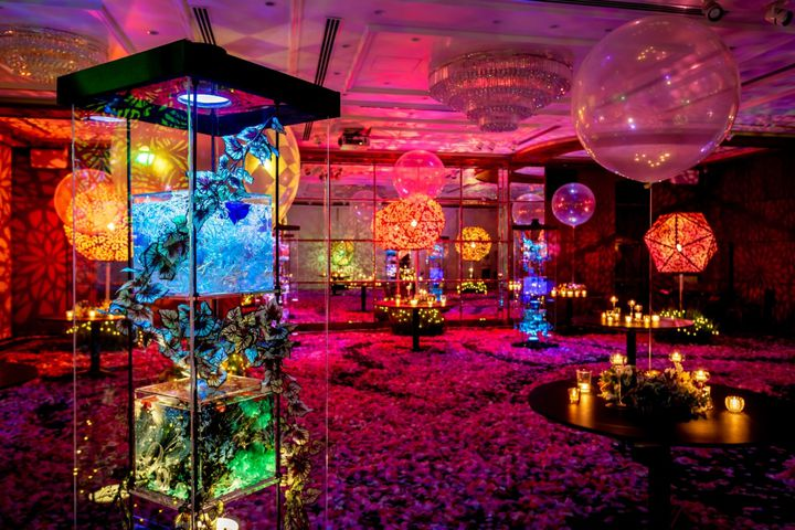 【終了】一夜限りの思い出を。全国の婚礼施設17会場が、万華鏡のような光の空間に