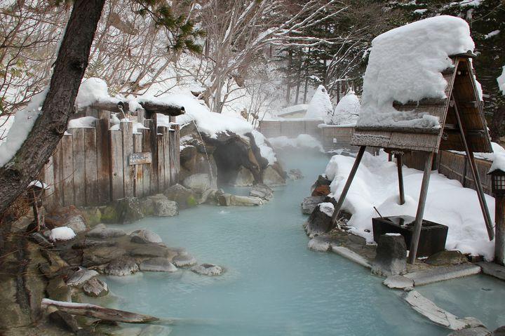 寒い冬の露天風呂好き必見。東北の人気の雪見風呂5選