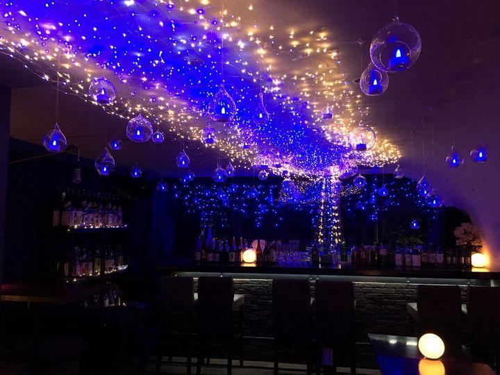 5000球が作り出す幻想的な夏イルミ。吉祥寺のバーに「天の川」が現れる