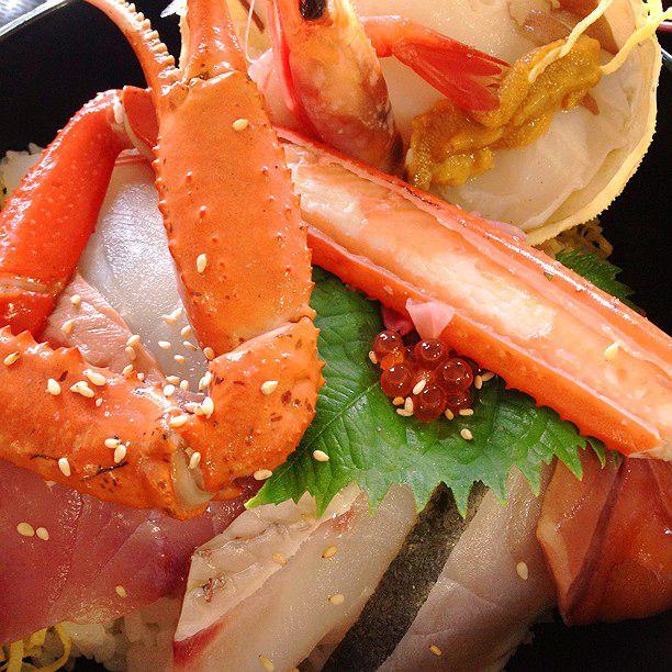 食べ過ぎちゃうのはきっと妖怪のせい。境港市の人気海鮮グルメ7選