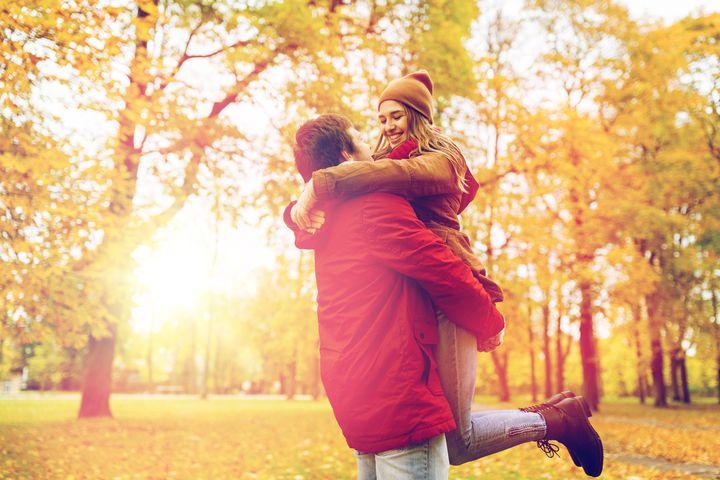 """秋に赤らむ君の頬。東京近郊の恋人と行く""""秋のラブラブデート""""スポット10選"""