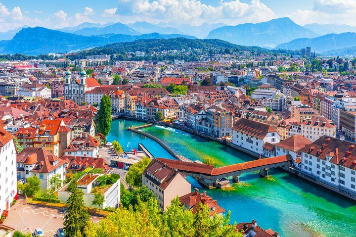 まるで美術館「ルツェルン」観光スポット!スイス留学経験者が伝授する7選