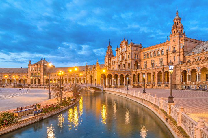 古代から多層的な文化が根づく町!スペイン・セビリアの観光スポット7選