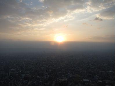 【終了】日本一高いビル×初日の出!あべのハルカスで「初日の出鑑賞特別営業」実施