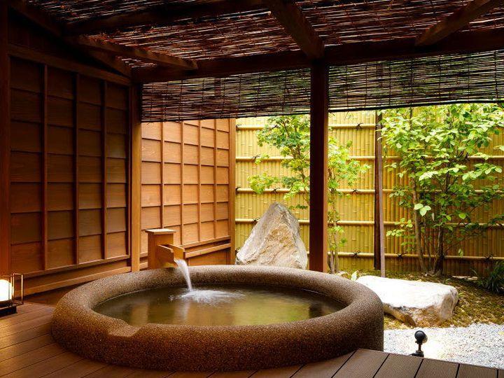 しっぽりと、大人旅。2018年にオープンした金沢の「湯涌温泉 古香里庵」の魅力