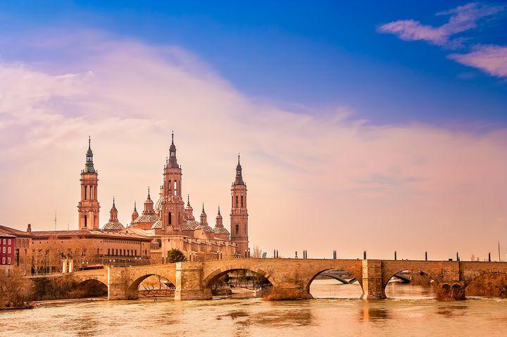 スペインの歴史を物語る場所。古都サラゴサのおすすめ観光地7選