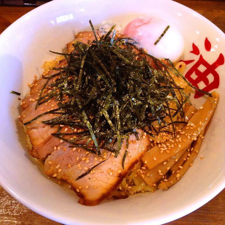 スープのないラーメンが美味しい!関西のおすすめ油そば7選はこれだ