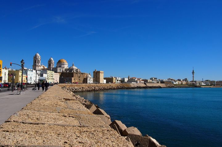 スペインにあるのどかな港町。カディスのおすすめ観光スポット7選