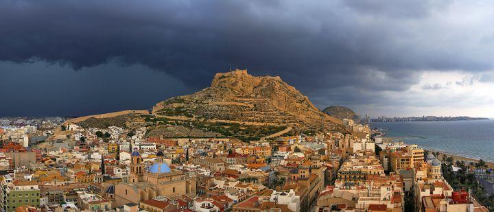 地中海沿岸のリゾート地!スペイン・アリカンテのおすすめ観光地7選