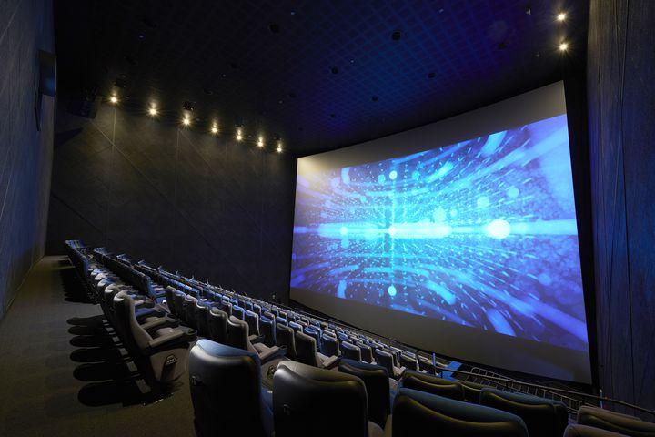 特別な日のデートにぴったり。東京都内の「映画&ディナースポット」7選