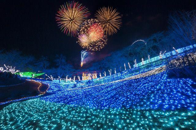 【終了】打上花火が夜空を彩る「さがみ湖イルミリオン カウントダウン2018」開催