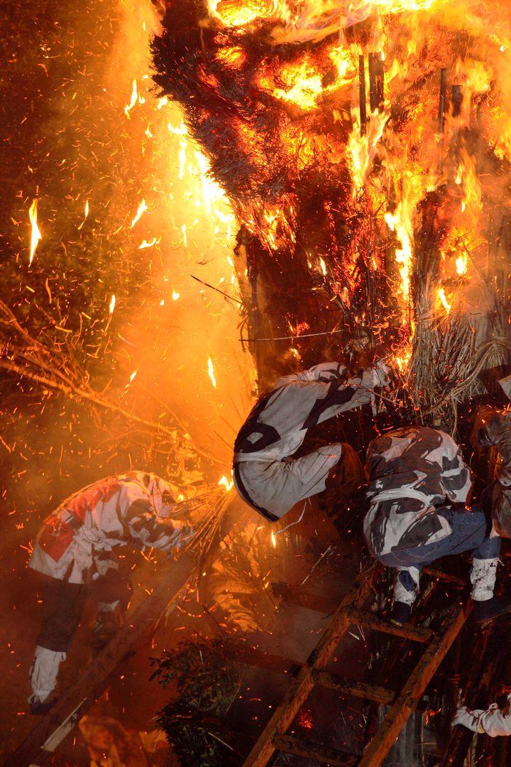 【終了】日本一危険なお祭り?愛知県で「鳥羽の火祭り」が開催