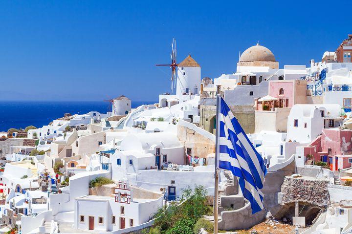 ギリシャ屈指のリゾート地!サントリーニを満喫する7つの楽しみ方
