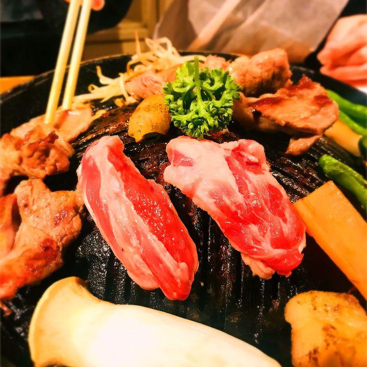 肉を喰らいたい夜がある!横浜のおしゃれで美味しいお肉グルメ7選