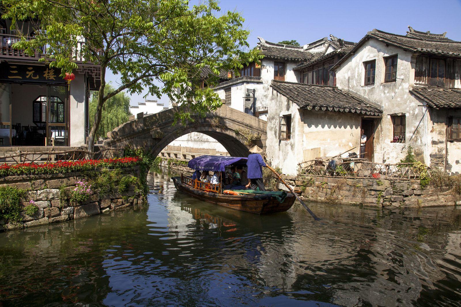 女子旅にぴったり!美しすぎる水郷の町「中国・周庄」1泊プランをご紹介