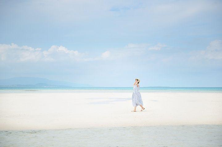 透きとおった海と珊瑚礁に癒される。星のや竹富島にて「珊瑚美ら滞在」開催