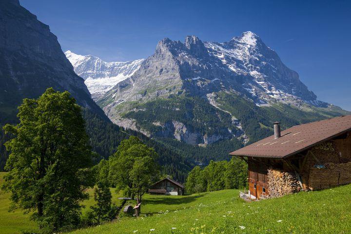 絵本のようなアルプスの世界!スイス・グリンデルワルトの大自然でしたいこと9選